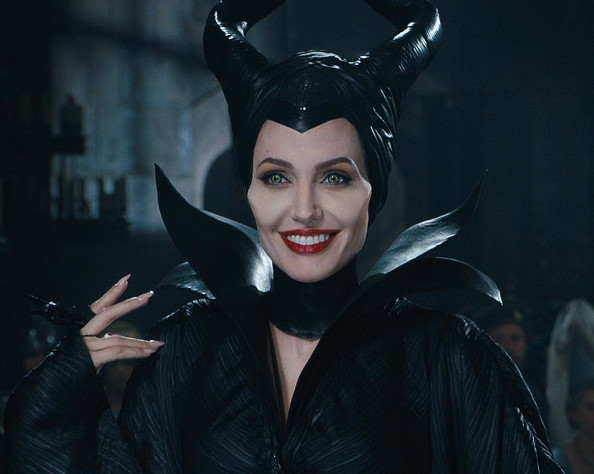 �������� ����, SNS�� ���� �幮�� �۰� ���� ����..'I loved being Maleficent'