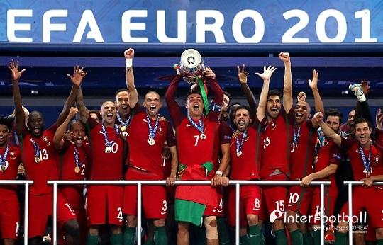 http://interfootball.heraldcorp.com/news/photo/201805/216671_219931_5549.jpg